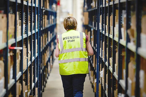 Asendia women staff working in logistics